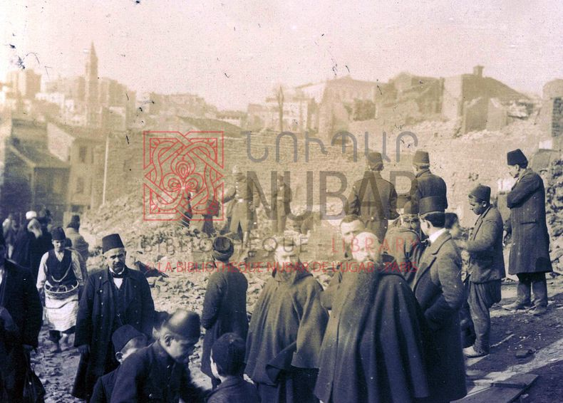 Clearing the ruins of the Armenian quarter of Adana after the massacres, May 1909 (Saint-Grégoire Collection, Beirut).