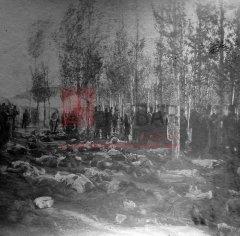 5/5 Après les massacres à Erzerum ; inhumation des victimes au cimetière arménien les 1er et 2 novembre 1895 (archives du ministère des Affaires étrangères)